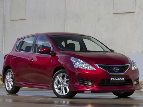 Фото автомобиля Nissan Sentra B17, ракурс: 315