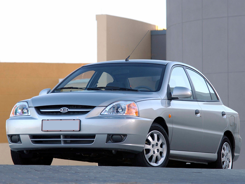 Фото автомобиля Kia Rio 1 поколение [рестайлинг], ракурс: 45