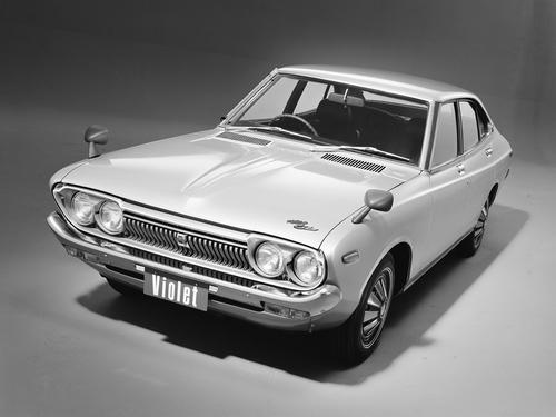 Фото автомобиля Nissan Violet 710, ракурс: 45