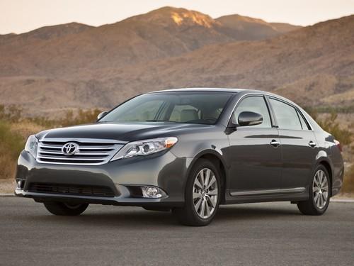 Фото автомобиля Toyota Avalon XX30 [2-й рестайлинг], ракурс: 45