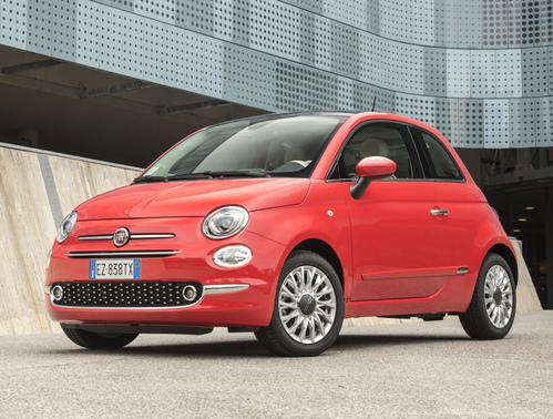 Фото автомобиля Fiat 500 2 поколение [рестайлинг], ракурс: 45 цвет: красный