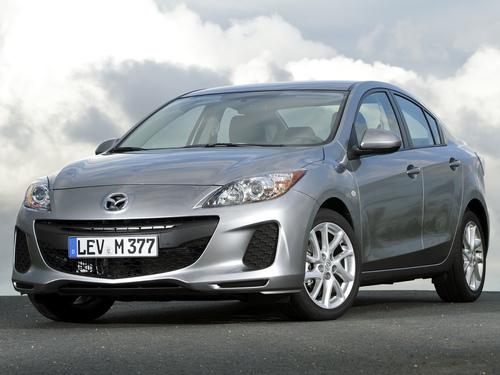 Фото автомобиля Mazda 3 BL [рестайлинг], ракурс: 45 цвет: серебряный