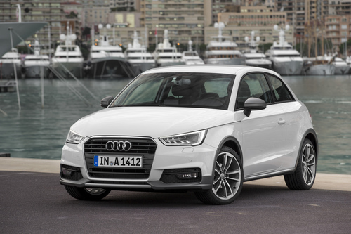 Фото автомобиля Audi A1 8X [рестайлинг], ракурс: 45 цвет: белый