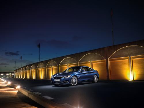 Фото автомобиля Alpina B4 F32/F33, ракурс: 45 цвет: синий