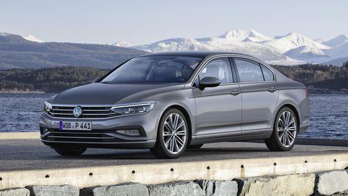 Фото автомобиля Volkswagen Passat B8 [рестайлинг], ракурс: 45 цвет: серый