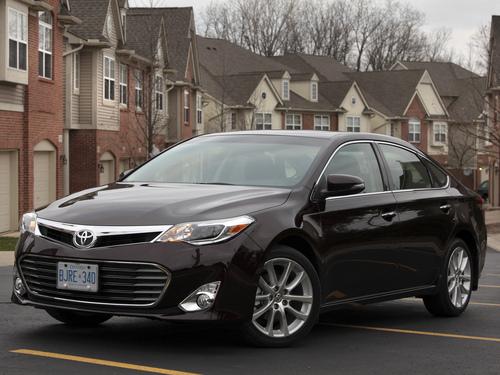 Фото автомобиля Toyota Avalon XX40, ракурс: 45