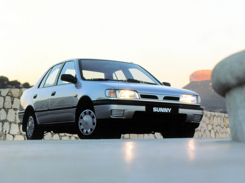 Фото автомобиля Nissan Sunny N14, ракурс: 315