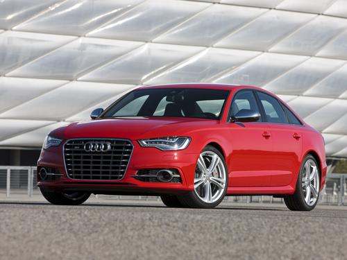 Фото автомобиля Audi S6 C7, ракурс: 45 цвет: красный