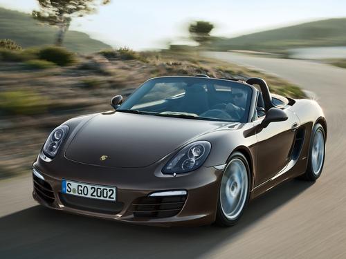 Фото автомобиля Porsche Boxster 981, ракурс: 45 цвет: коричневый