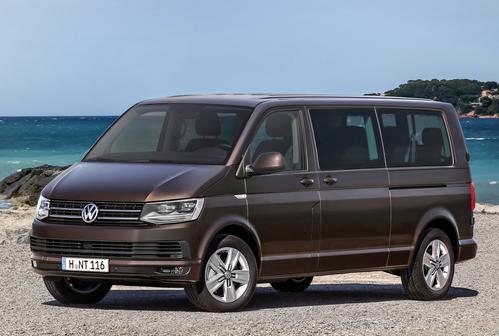 Фото автомобиля Volkswagen Caravelle T6, ракурс: 45 цвет: коричневый