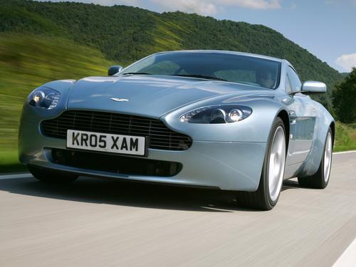 Фото автомобиля Aston Martin Vantage 3 поколение, ракурс: 45