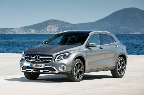 Фото автомобиля Mercedes-Benz GLA-Класс X156 [рестайлинг], ракурс: 45 цвет: серый