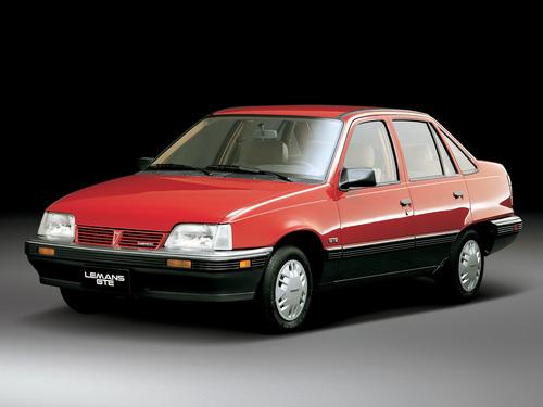Фото автомобиля Daewoo LeMans 1 поколение, ракурс: 45