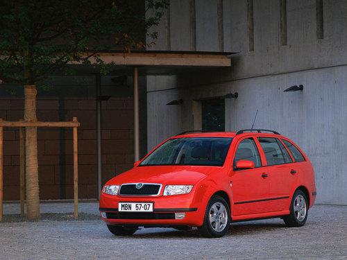 Фото автомобиля Skoda Fabia 6Y, ракурс: 45