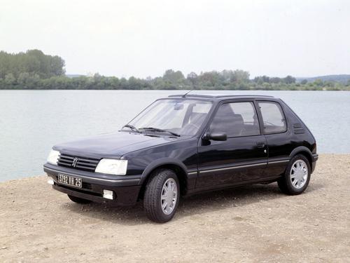 Фото автомобиля Peugeot 205 1 поколение [рестайлинг], ракурс: 45