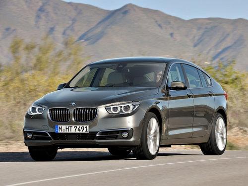 Фото автомобиля BMW 5 серия F07/F10/F11 [рестайлинг], ракурс: 45 цвет: серебряный