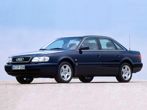 Фото автомобиля Audi A6 A4/C4, ракурс: 45