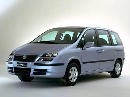 Фото автомобиля Fiat Ulysse 2 поколение, ракурс: 45