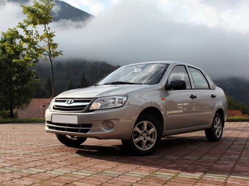 Фото автомобиля ВАЗ (Lada) Granta 1 поколение, ракурс: 45 цвет: серебряный