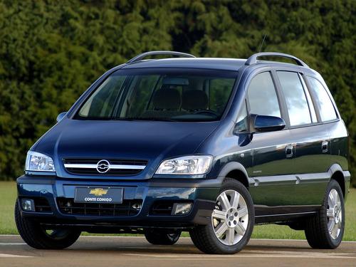 Фото автомобиля Chevrolet Zafira 1 поколение [рестайлинг], ракурс: 45