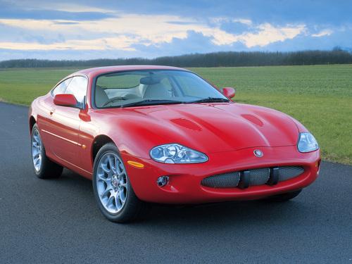 Фото автомобиля Jaguar XK Х100, ракурс: 45