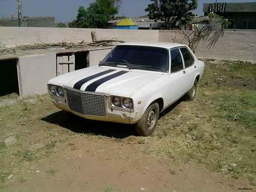 Фото автомобиля Hindustan Contessa 1 поколение, ракурс: 45