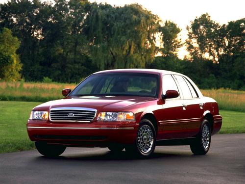 Фото автомобиля Ford Crown Victoria 2 поколение, ракурс: 45