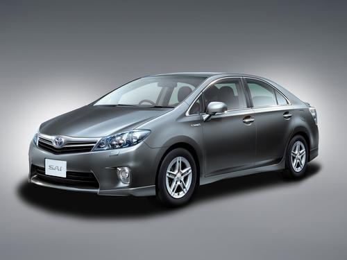 Фото автомобиля Toyota Sai 1 поколение, ракурс: 45 цвет: серый