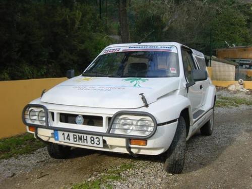 Фото автомобиля Mega Club 1 поколение, ракурс: 45