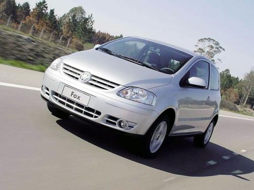 Фото автомобиля Volkswagen Fox 2 поколение, ракурс: 45