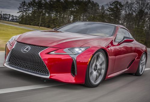 Фото автомобиля Lexus LC 1 поколение, ракурс: 45 цвет: красный