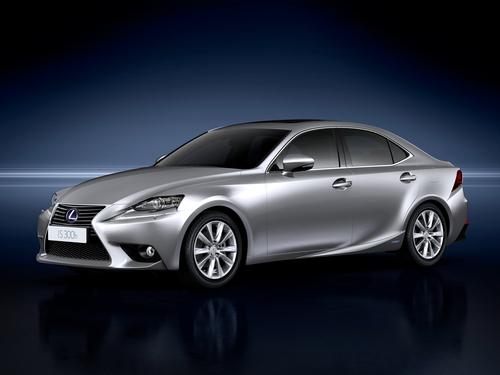 Фото автомобиля Lexus IS XE30, ракурс: 45 цвет: серебряный