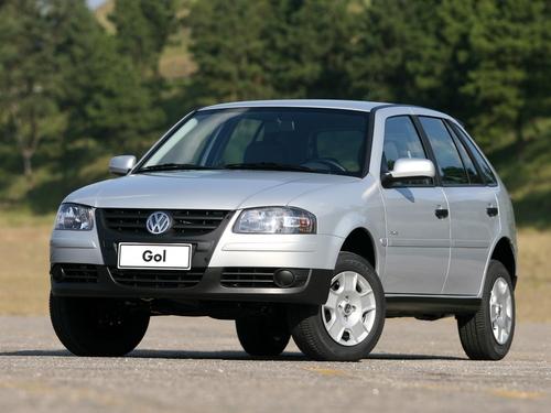 Фото автомобиля Volkswagen Gol G4, ракурс: 45