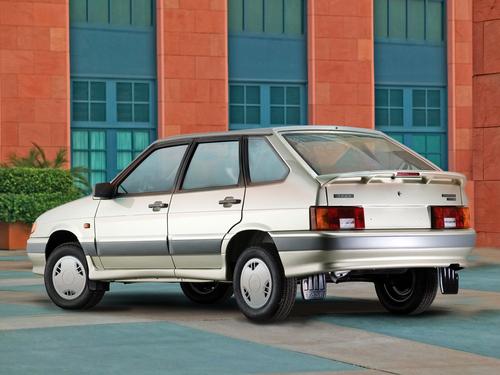 Фото автомобиля ВАЗ (Lada) 2114 1 поколение, ракурс: 135 цвет: бежевый