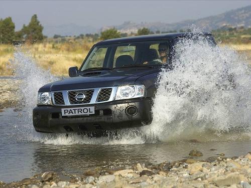 Фото автомобиля Nissan Patrol Y61 [рестайлинг], ракурс: 45