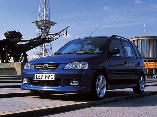 Фото автомобиля Mazda Demio DW [рестайлинг], ракурс: 45