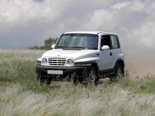 Фото автомобиля ТагАЗ Tager 1 поколение, ракурс: 45 цвет: белый