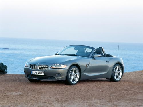 Фото автомобиля BMW Z4 E85, ракурс: 45