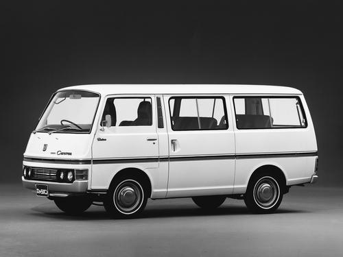 Фото автомобиля Nissan Caravan E20, ракурс: 45