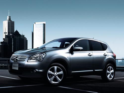Фото автомобиля Nissan Dualis J10, ракурс: 45