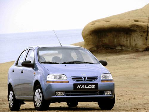 Фото автомобиля Daewoo Kalos 1 поколение, ракурс: 315