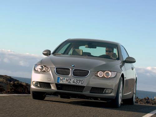 Фото автомобиля BMW 3 серия E90/E91/E92/E93, ракурс: 45