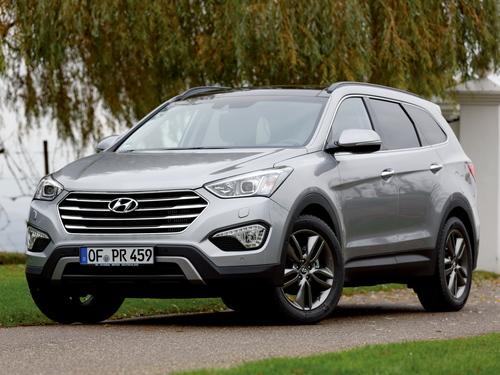 Фото автомобиля Hyundai Santa Fe DM, ракурс: 45 цвет: серебряный
