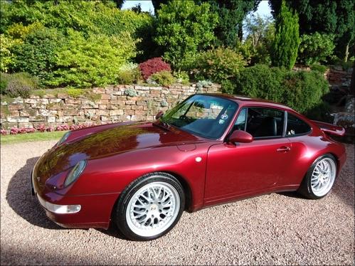Фото автомобиля Porsche 911 993, ракурс: 45