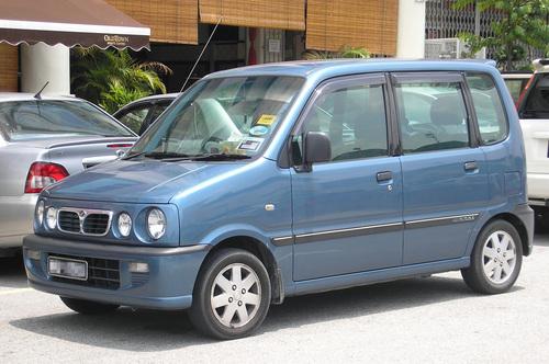 Фото автомобиля Perodua Kenari 1 поколение, ракурс: 45