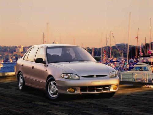 Фото автомобиля Hyundai Accent X3 [рестайлинг], ракурс: 315