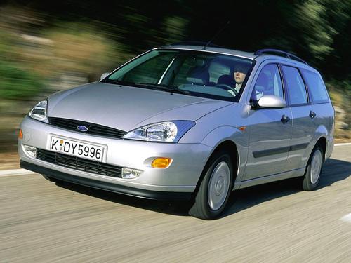 Фото автомобиля Ford Focus 1 поколение, ракурс: 45