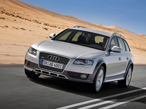 Фото автомобиля Audi A4 B8/8K, ракурс: 45 цвет: серебряный