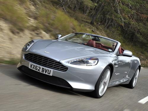 Фото автомобиля Aston Martin DB9 1 поколение [2-й рестайлинг], ракурс: 45
