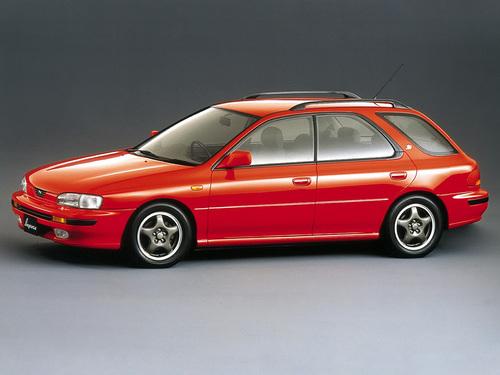 Фото автомобиля Subaru Impreza 1 поколение, ракурс: 45